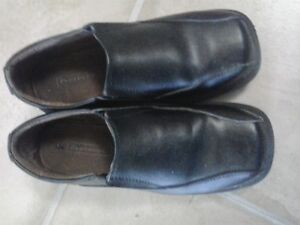 Size 3-4 (Youth) Dress Loafers - LEATHER - Worn once!!