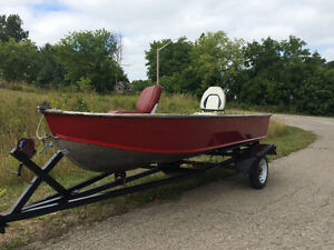 Reduced Price ! 12ft alluminum boat with trailer