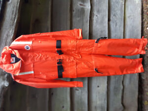 MUSTANG FLOATER SUIT