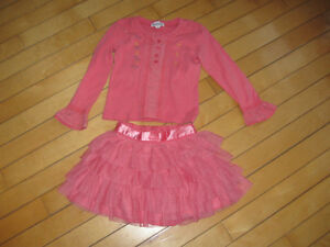Genvieve Lapierre size 5 top matched with size 4 joe skirt