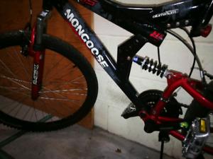 Mongoose dual suspension mountain bike
