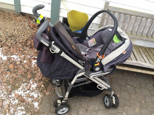 Peg-Perego stroller and car seat combo for sale. (3 bases)