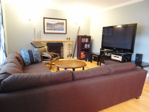 Large Room in a 4 Bedroom House St. John's Newfoundland image 2