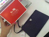 COACH 100% AUTHENTIC REAL BAG/WRISTLET COMES WITH TAGS+BOX