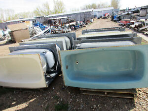 Used Tubs/ Toilets/ Sinks FOR SALE