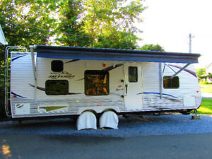 Big but Towable Cottage on Wheels