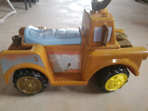 Tow mater 6 volt ride on