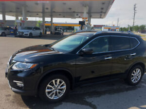 2017 Nissan Rogue SV VUS with 4 Winters tires 12165 KMs