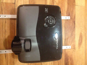 View Sonic Pro 8200 HD Projector