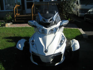 2014 CAN AM SPYDER TOURING