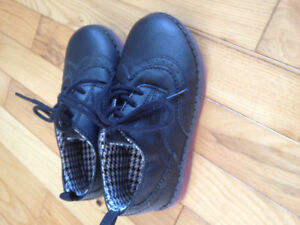 Carter's size10 dressy shoes