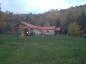 Room for rent close to ski hill