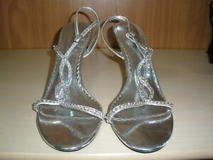 LADIES SIZE 10 SHOES   10.00 EACH PAIR Kitchener / Waterloo Kitchener Area image 10