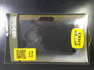 OtterBox Defender Series Case & Holster for Apple iPhone 4/4S
