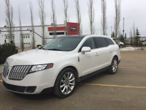 2011 AWD Lincoln MKT only $11300 rare!!! Perfect for Uber .