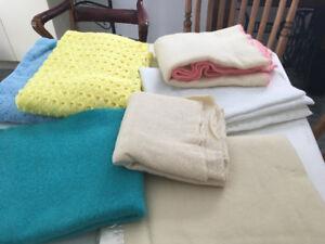 lot de couvertures de bébé