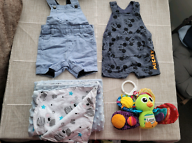 9 clothes for baby boy 0-3