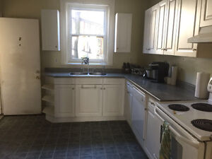 Saint John Uptown Apartment, 2 Bedrooms with 1 Office