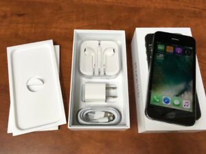 iPhone 5S 32GB Unlocked, Space Gray, iOS 10.3.3