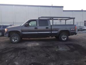 Parting out 1999-2007 GMC SIERRA AND CHEVY SILVERADO TRUCKS
