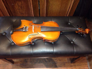 Full size 4/4 Violin outfit New