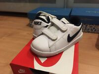 6.5 infant boys Nike trainers