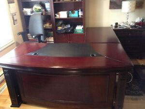Beautiful, Large L-Shaped Desk