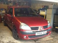Renault Clio 1.5dCi 80 Dynamique 2004 BREAKING ALL PARTS AVAILABLE
