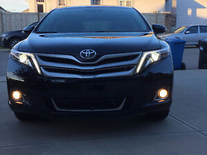 2016 Toyota Venza Limited V6 AWD -Top of the line model - Lease