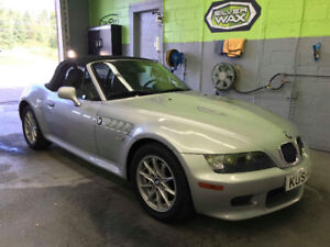 BMW Z3  M  CANADIENNE    SUPER  PROPRE  AUTOMATIQUE NÉGOCIABLE