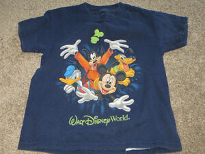 2 Authentic Walt Disney World T-shirts child's size XS Kitchener / Waterloo Kitchener Area image 3