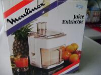 Moulinex Juice Extractor / Juicer -- NEW