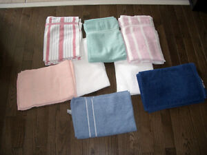 8 Pairs of Hand Towels - In Mint Condition