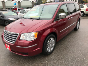 2010 Chrysler Town & Country LIMITED STOW-N-GO..LOADED..MINT