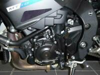 YAMAHA MT-10 NAKED STREET SPORTS MOTORCYCLE R1 DERIVED ENGINE MUSCLE BIKE