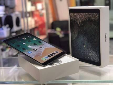 As new ipad pro 10.5 inch space grey 256gb 2yrs apple warranty