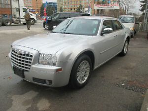 2010 chrysler 300 Touring Low KM