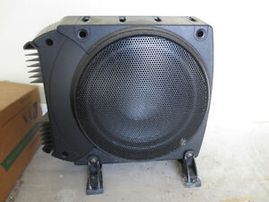 "Infinity BassLink 200W 10"" Powered Subwoofer"