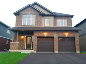 Newly Built - 4 Bed + Loft - Spacious house for rent