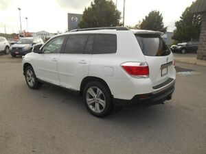 2013 Toyota Highlander Sport AWD Peterborough Peterborough Area image 4