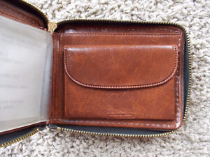 Beautiful Wallet with Horse tooled/embossed on it--NEW! London Ontario image 4