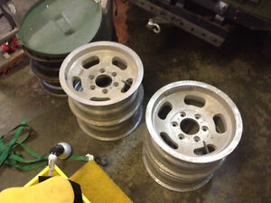 Jeep slotted alloy rims