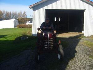 mini tracteur antique