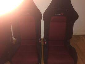 Honda Civic Type R front bucket seats