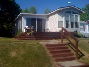 Sherkston Shores, steps from Wildwood Beach