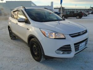 2015 Ford Escape SE 4WD EcoBoost w/Remote Start & Heated Seats