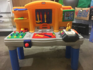 Little Tikes play workbench