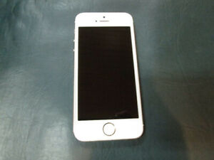 iPhone 5s 32GB *Koodo* Cell Phone For Sale at Nearly New!