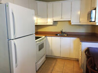 Longueuil 3½ apartment inclued Water fee (Lemoyne) --- URGENT