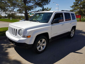 2014 Jeep Patriot SUV, 4x4, auto, loaded, only 88,000 km.